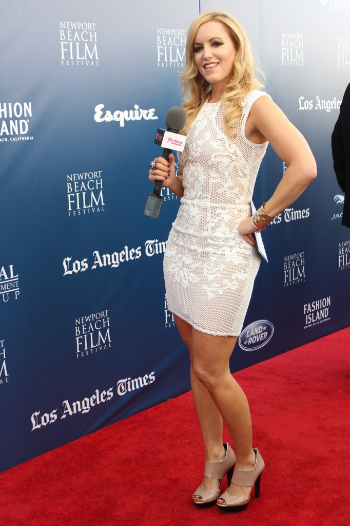 Rocking a Lumier dress by Bariano Australia, shoes BCBG Max Azria, jewelry by Nissa Jewelry and Luxury Brand PR. Styled by Ali Levine Designs Celeb Stylist on the red carpet for Newport Beach Film Festival.
